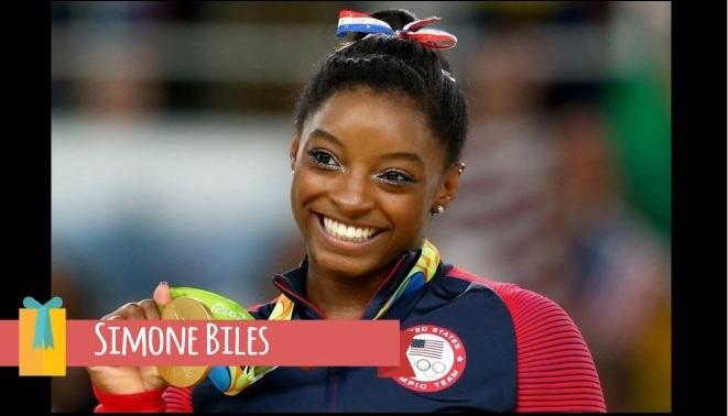 Simone Biles –SuperVioletas